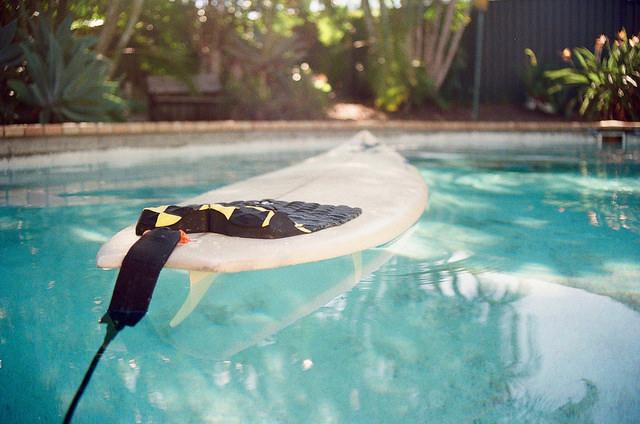 surfboard foating